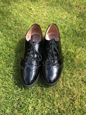 Pretty Loafers Gr. 37 schwarz Lack