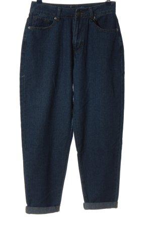 PrettyLittleThing Boyfriend Jeans blue casual look