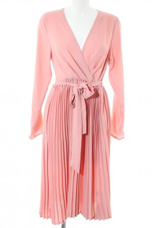 PrettyLittleThing Langarmkleid pink Elegant