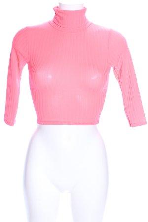 PrettyLittleThing Camisa de cuello de tortuga rosa look casual