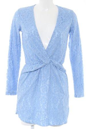 PrettyLittleThing Spitzenkleid blau Casual-Look