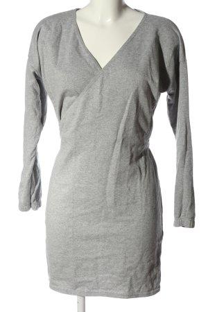 PrettyLittleThing Robe Sweat gris clair moucheté style décontracté