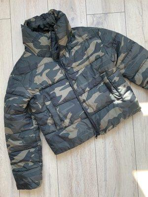 Primark – grün Jacke – EUR 32/34