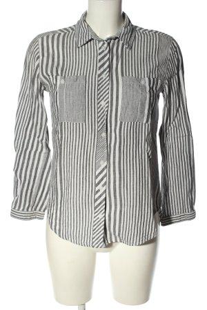 Primark Hemd-Bluse hellgrau-weiß Streifenmuster Casual-Look