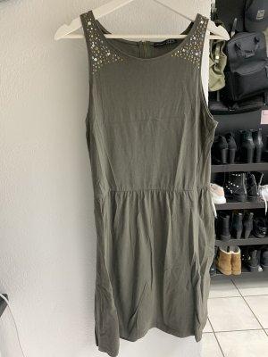 Primark Kleid dunkelgrün khaki