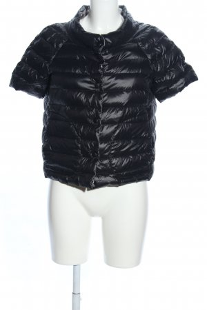 Princess goes Hollywood Quilted Gilet black quilting pattern casual look