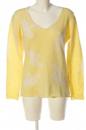 Princess goes Hollywood V-Neck Sweater primrose allover print casual look