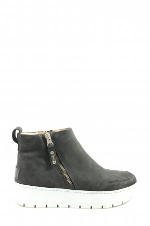 Privé Ankle Boots black-white casual look