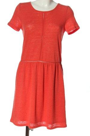 Promod Robe à manches courtes rouge style décontracté