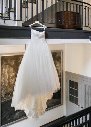 Pronovias Hochzeitskleid Taya | Gr. 36 | ungekürzt | Schleier | Reifrock | Schuhe | Haarschmuck