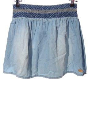 Protest Minifalda azul look casual