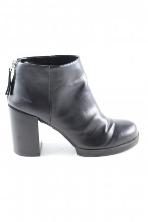 Pull & Bear Booties schwarz Business-Look
