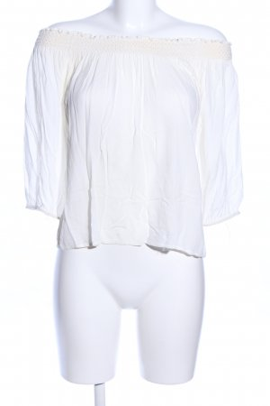 Pull & Bear Blusa tipo Carmen blanco look casual