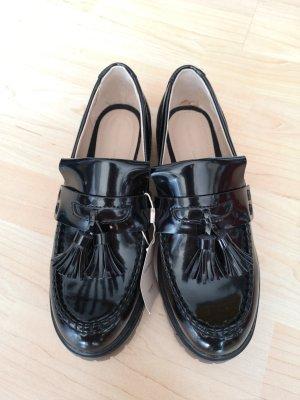 Pull & Bear Wingtip Shoes black