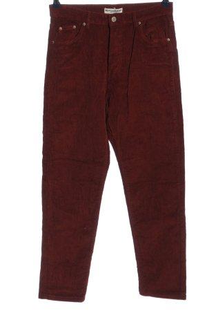 Pull & Bear Pantalón de pana rojo look casual