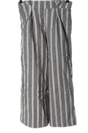 Pull & Bear Culottes hellgrau-weiß Streifenmuster Casual-Look