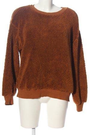 Pull & Bear Polarowy sweter brązowy W stylu casual