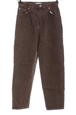 Pull & Bear Vaquero de talle alto marrón look casual
