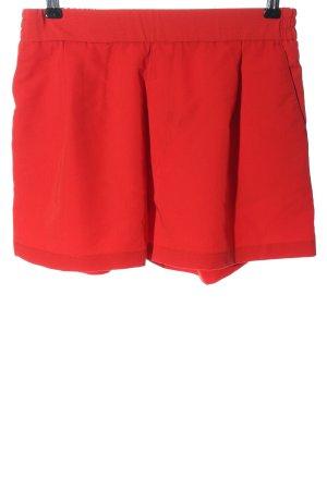 Pull & Bear High-Waist-Shorts red casual look