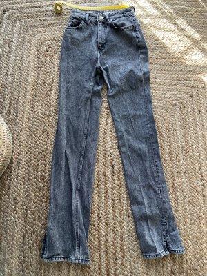 Pull & Bear Jeansy z prostymi nogawkami szary
