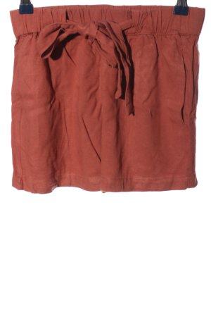 Pull & Bear Short moulant rouge style décontracté