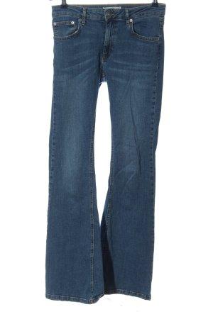 Pull & Bear Jeansschlaghose blau Casual-Look
