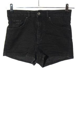 Pull & Bear Pantaloncino di jeans nero stile casual