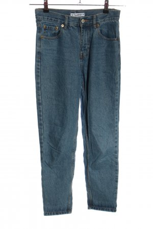 Pull & Bear Carrot Jeans blue casual look