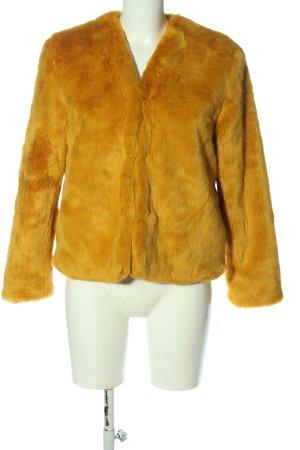 Pull & Bear Chaqueta de piel sintética amarillo pálido look casual