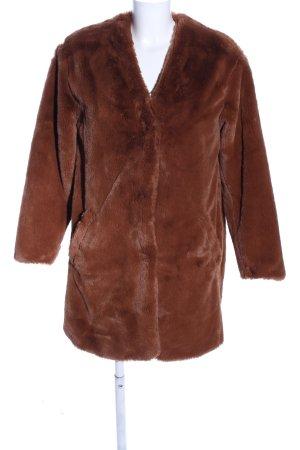 Pull & Bear Cappotto in eco pelliccia marrone stile casual