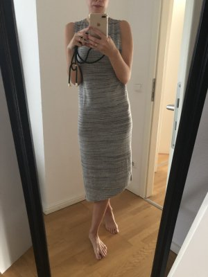 Pull & Bear Vestido largo gris claro-gris