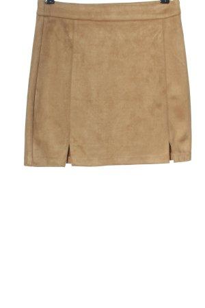 Pull & Bear Minifalda marrón look casual