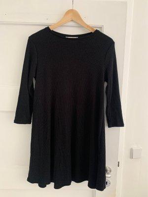 Pull & Bear Schlichtes Kleid