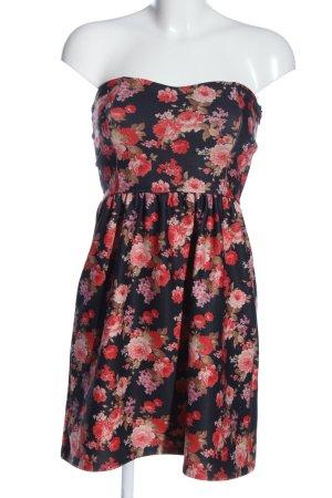 Pull & Bear schulterfreies Kleid Allover-Druck Casual-Look
