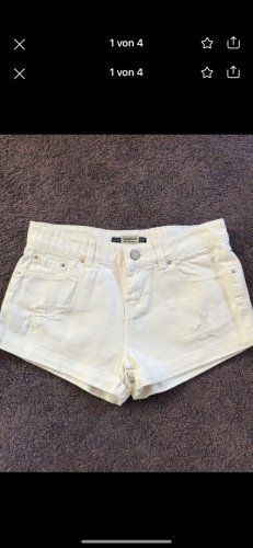 Pull & Bear Hot pants wit
