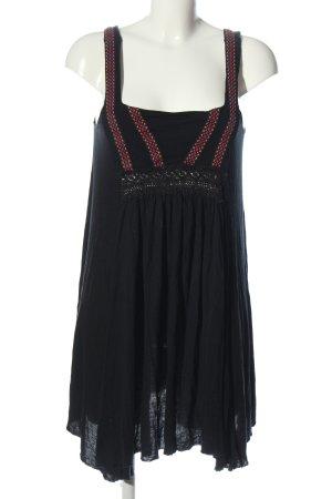 Pull & Bear Sommerkleid schwarz Schriftzug gestickt Casual-Look