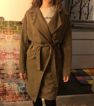 Pull&bear Trenchcoat in oliv