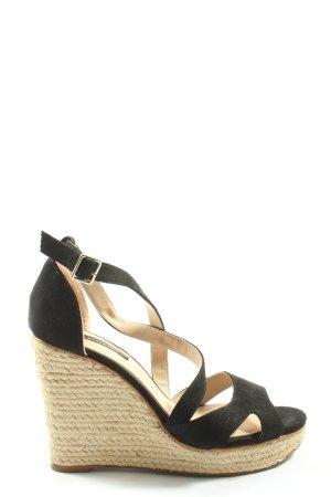 Pull & Bear Wedges Sandaletten schwarz-wollweiß Casual-Look