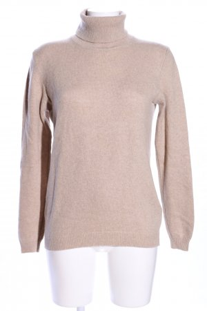 Pull Love Turtleneck Sweater cream casual look