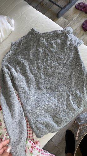 Długi sweter szary