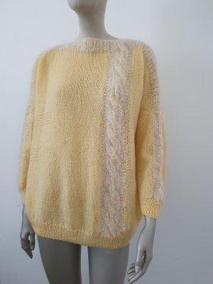 Oversized Sweater pale yellow