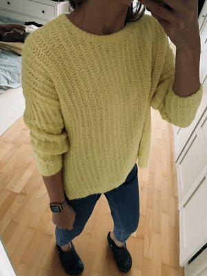 Pullover in pile giallo