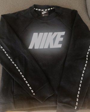 Pulli von Nike in XS