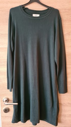 C&A Basics Woolen Dress dark green