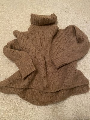 Coarse Knitted Sweater bronze-colored