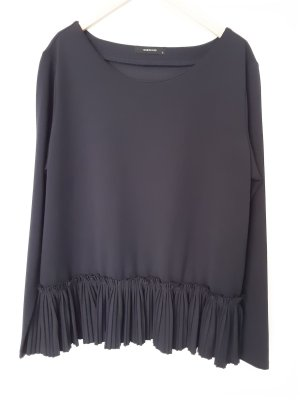 Reserved Top con balze blu scuro