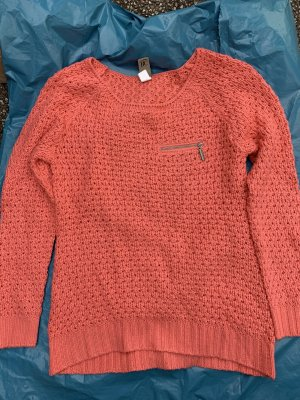 BC Collection Crochet Sweater salmon