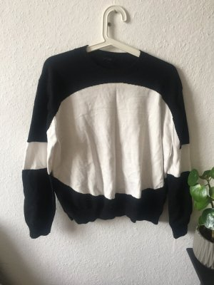 COS Oversized Sweater white-black