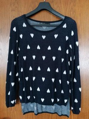 Pullover dunkelblau mit Herzen