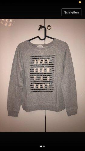 Mango Cienki sweter z dzianiny srebrny